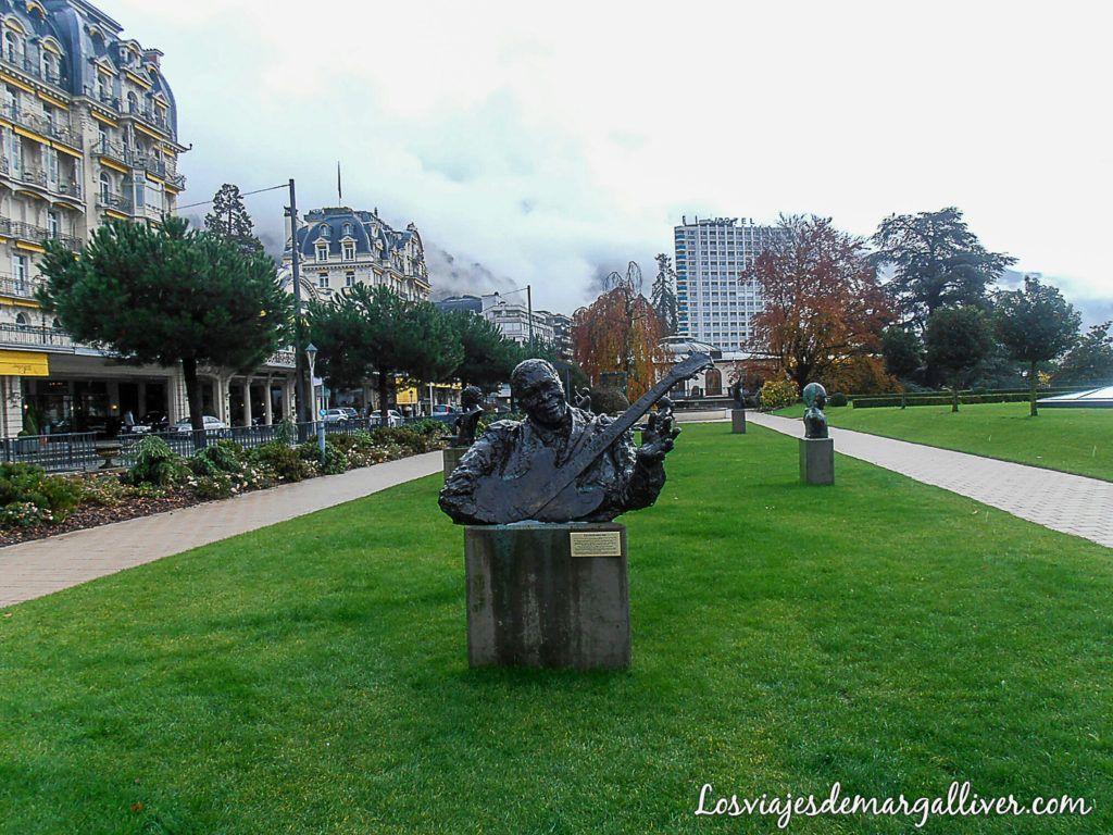 Esculturas a grandes músicos en Montreux -los viajes de margalliver